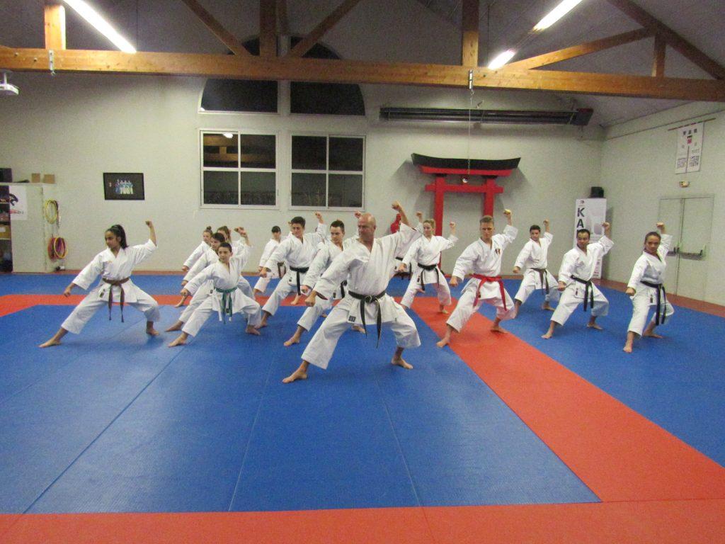 karate-mabushi-veigne-Pìle-compÇtition-1