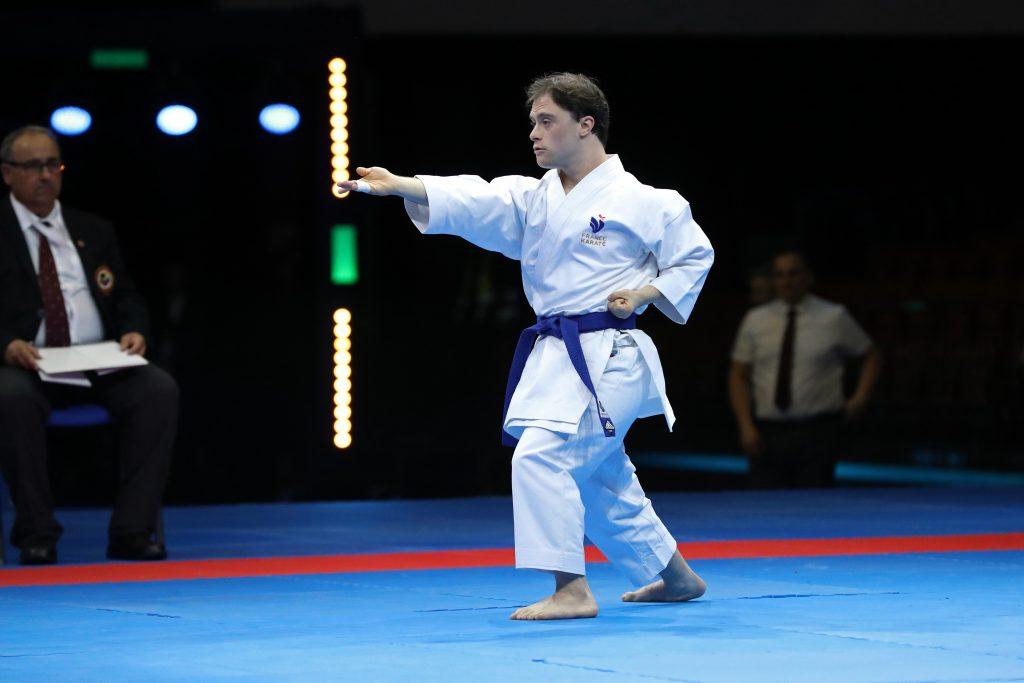 para-karate catégorie handicap mental  fonteney (jordan) (fra) ceinture bleu