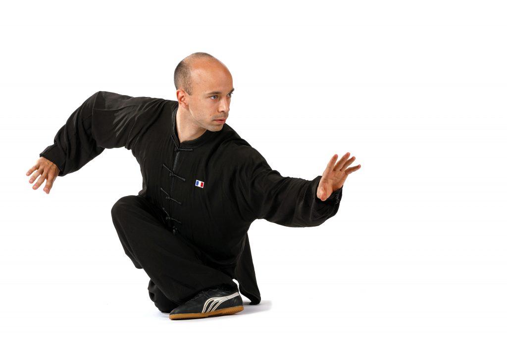 benouaich (leo) (fra) chmpion du monde kung fu wushu style xiangiquan (Traditionnel),