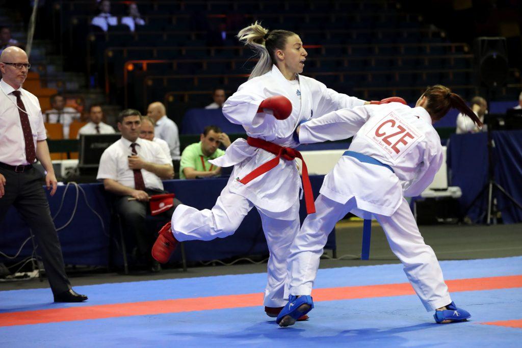 combat feminin -50kg recchia (alexandra) (fra) ceinture rouge
